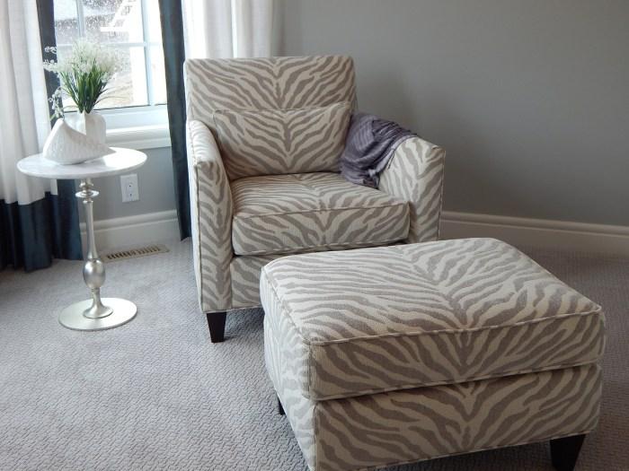 chair-902360_1280.jpg
