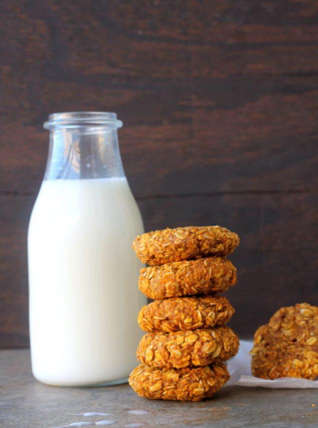 oats-and-pumpkin-breakfast-cookies