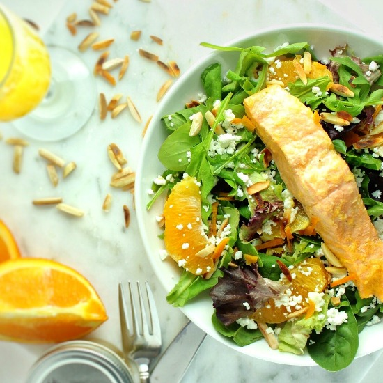 Mimosa Poached Salmon Salad is a quick, yet elegant dish that is sure to impress! Perfect for brunch or a light summer meal. | www.bytesizednutrition.com
