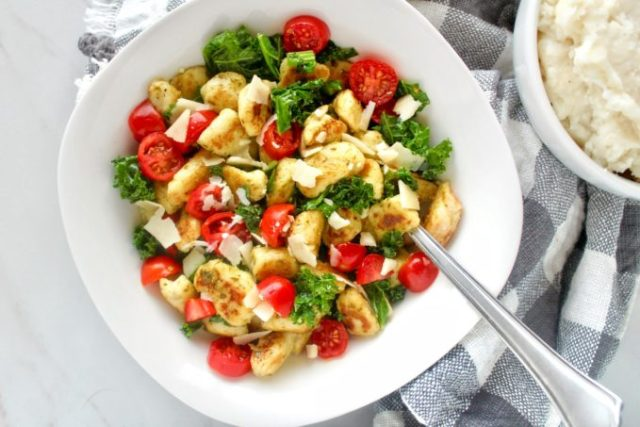 Give new life to leftover mashed potatoes with Ricotta Mashed Potato Gnocchi! A fun and easy way to instantly transform sad, neglected leftover mashed potatoes into a delicious entree or side dish you'll actually want to eat! | www.bytesizednutrition.com
