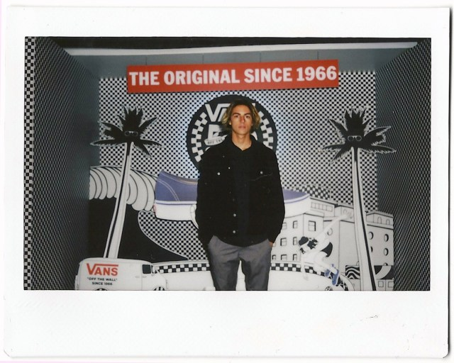 curren_caples