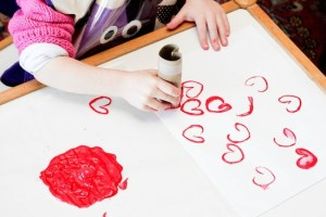 10 uses for toilet rolls heart stamping