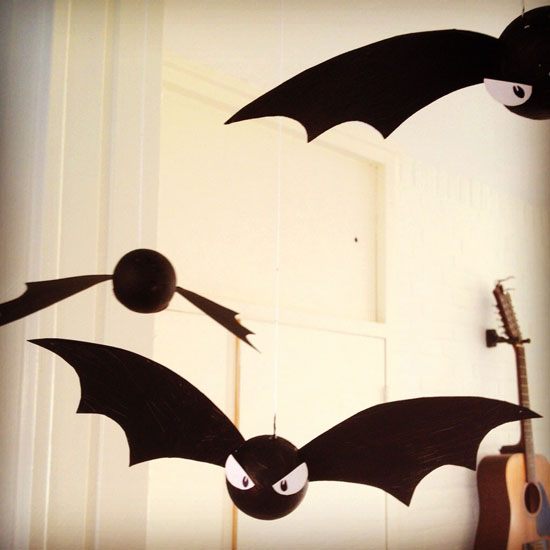 diy halloween decoration bats by wilma - Bat Halloween Decorations