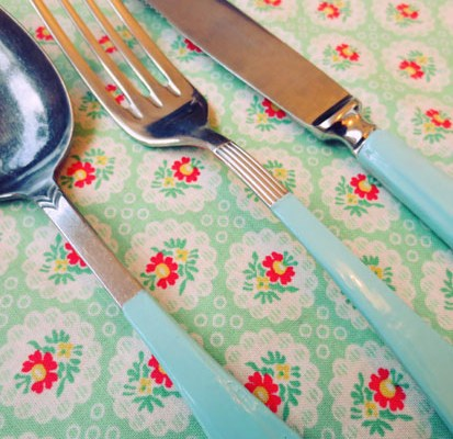painted cutlery small 2