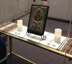 Memorial for Ukraine, icon displayed with candles; Toronto City Hall, March 7, 2014 (photo: Tay Moss)