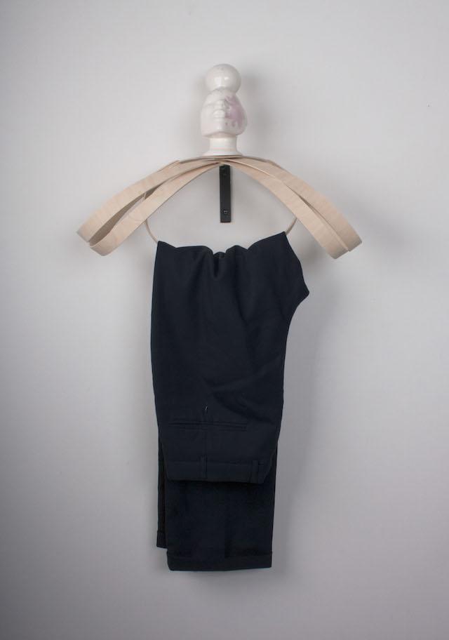 Kleding hanger Voila | Tijn van Orsouw | C-More Concept Store | Honigcomplex Nijmegen