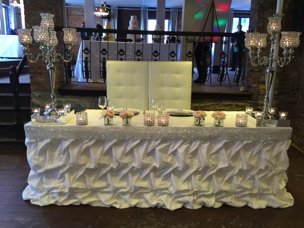 wedding chair covers montreal hanging gumtree brisbane thinking of an old mtl trendy brides