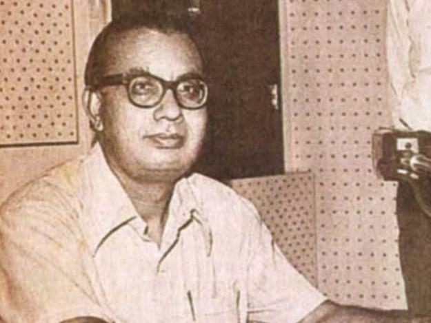 ابن انشاء پاکستان کے متعدد اخبارات میں کالم نگاری بھی کیا کرتے تھے؛ فوٹوفائل