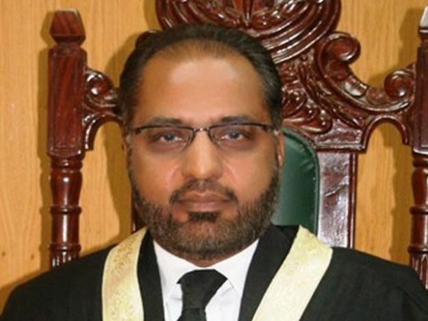 جسٹس شوکت صدیقی اسلام آباد ہائی کورٹ کے سینئر جج ہیں (فوٹو : فائل)