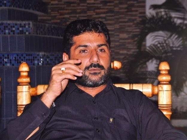 عزیر بلوچ سے اہل خانہ کی ملاقات کرانے سے متعلق درخواست پر وفاقی حکومت سے جواب طلب فوٹو:فائل