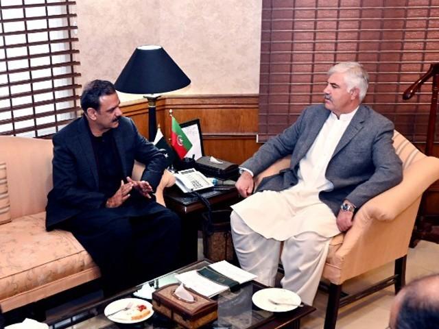 وزیراعلیٰ اور لیفٹیننٹ جنرل (ر) عاصم باجوہ کے درمیان ملاقات، سی پیک پر تبادلہ خیال