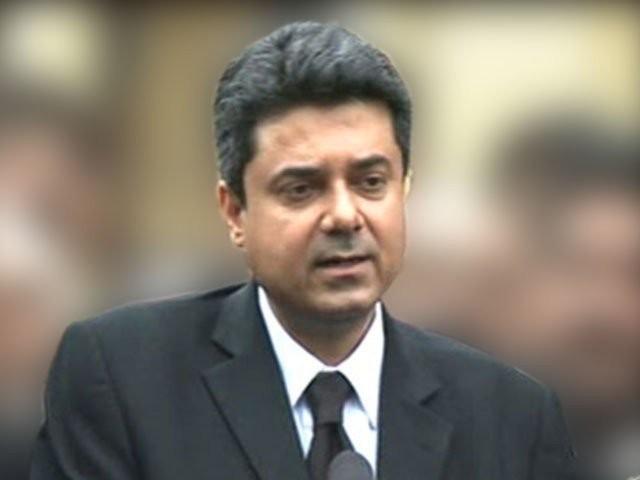 پاکستان بار کونسل کا وزیر قانون فروغ نسیم کو منصب سے ہٹانے کا مطالبہ