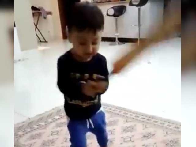 یونس خان کے بیٹے نے بھی بیٹسمین بننے کی تیاری شروع کردی