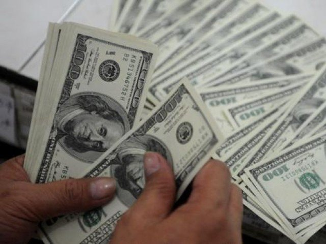 ڈالر کی قدر میں 3 روپے اضافہ، 162 روپے کا ہوگیا