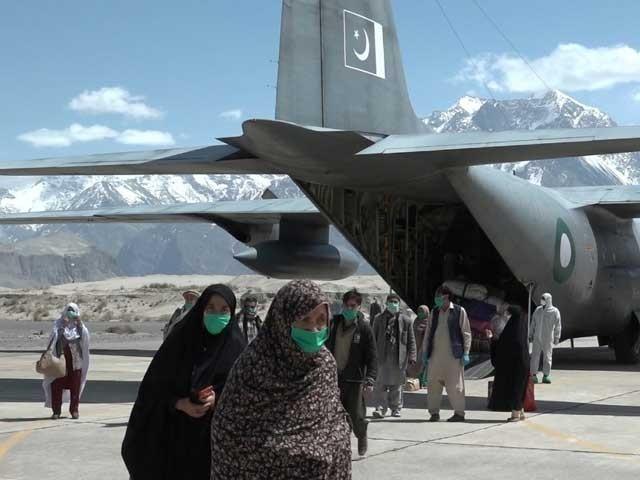 پاک فضائیہ کا آپریشن؛ زائرین کو دالبندین سے اسکردو پہنچادیا گیا