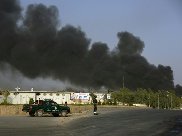 طالبان کا پولیس ہیڈ کوارٹر پر خود کُش حملہ، کارروائیوں میں 6 افغان اہل کار ہلاک