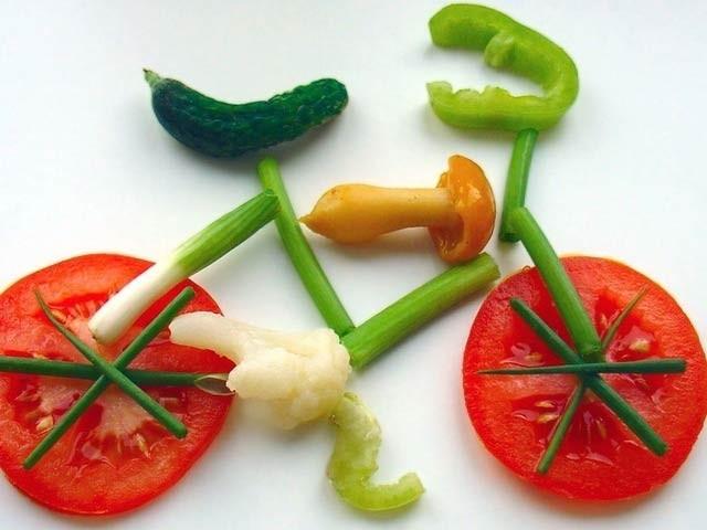 مناسب غذا، پوری نیند اور ورزش: صحت کے تین اہم ستون