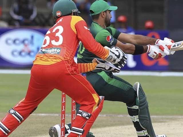 پاکستانی ٹیم 13 ماہ بعد زمبابوے کے خلاف ملتان میں پہلا ایک روزہ میچ کھیلے گی