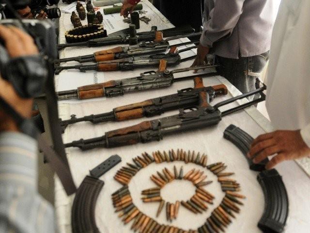 بین الصوبائی اسلحہ اسمگل کرنے والے گینگ کے تین کارندے گرفتار