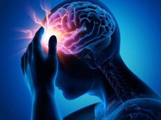 پہلی مرتبہ معلوم ہوا ہے کہ وزن گھٹانے کی سرجری سے دماغی اندرونی دباؤ میں کمی کی جاسکتی ہے۔ فوٹو: فائل