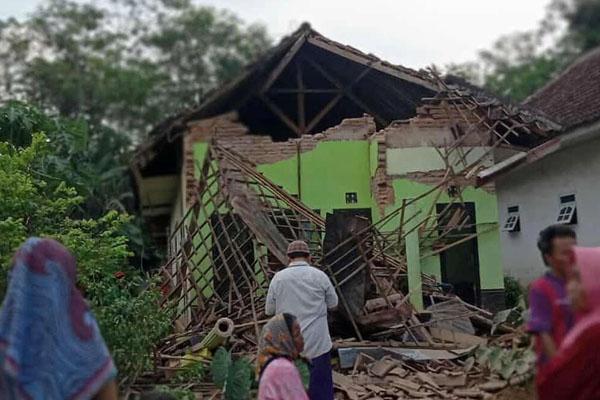 indonesia earth quake 1