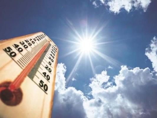 کراچی میں پارہ 40 ڈگری تک رہ سکتا ہے، محکمہ موسمیات (فوٹو: فائل)