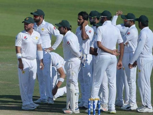 انگلینڈ نے آسٹریلیا سے تیسری پوزیشن چھین لی، ٹاپ پر بھارت اور صرف ایک پوائنٹ پیچھے نیوزی لینڈ موجود ہیں۔فوٹو : فائل