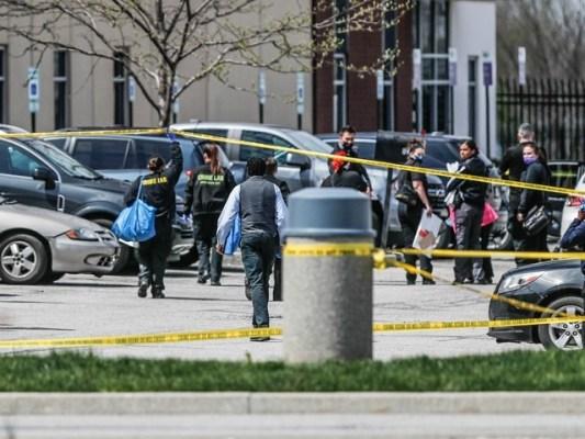 حملہ آور فائرنگ کرکے فرار ہوگیا جس کی تلاش جاری ہے، پولیس