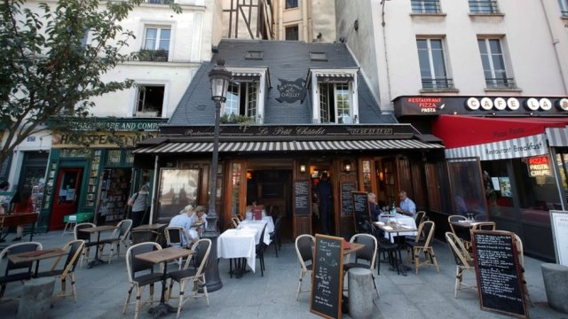 Paris restaurants will be allowed to stay open if they introduce strict anti-viral measures