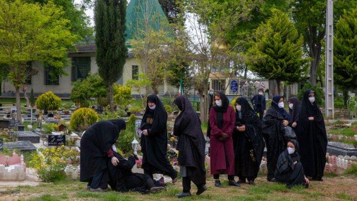Burial in Ira