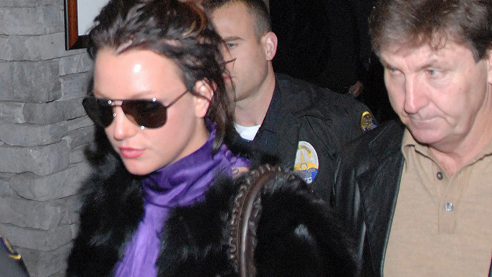 Spears leaving a restaurant in Beverly Hills with her father Jamie