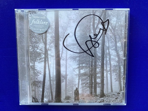 Taylor Swift signed Folklore CD