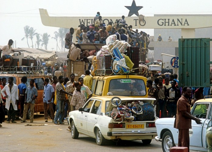 Ghanaians expelled from Nigeria at the Benin-Ghana border post - 1983