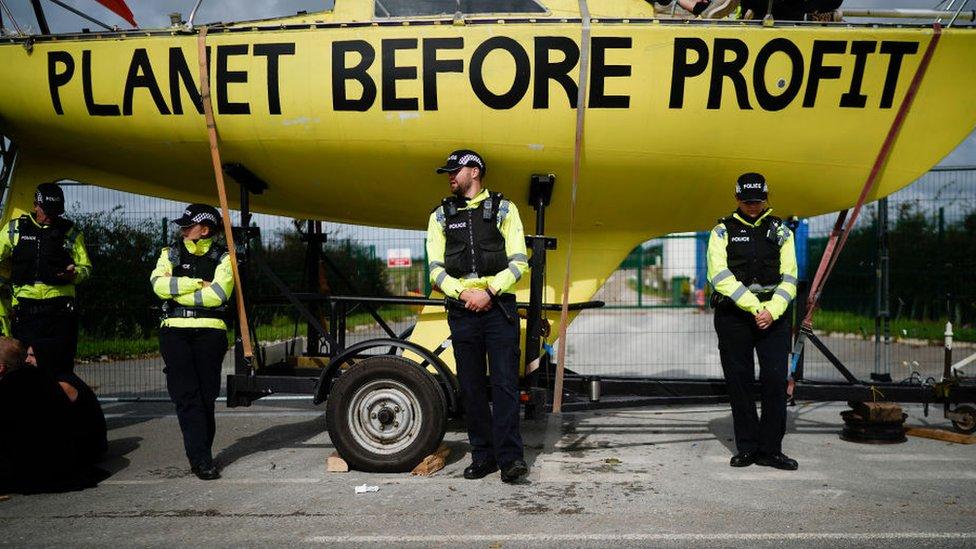 Protestas en contra del fracking.
