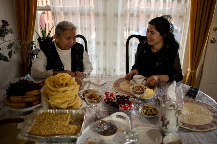 """116683931 tursunay bbc 26jan21 23 - """"Pagaban para elegir a las reclusas más bonitas"""": detenidas de un campo para uigures en China denuncian violaciones"""