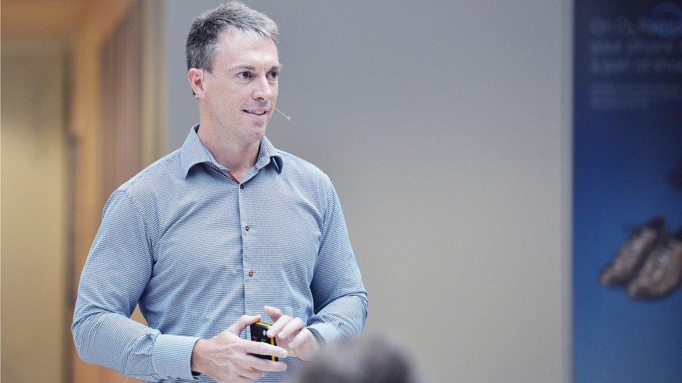 Mark Evans, CEO at phone company O2