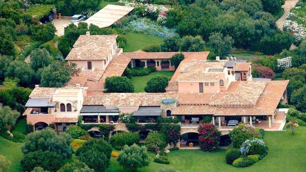 Villa Certosa, file pic