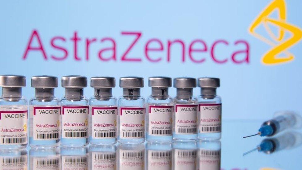 AstraZeneca: Lời khuyên mới nhất từ các chuyên gia ở Anh và Việt Nam - BBC  News Tiếng Việt