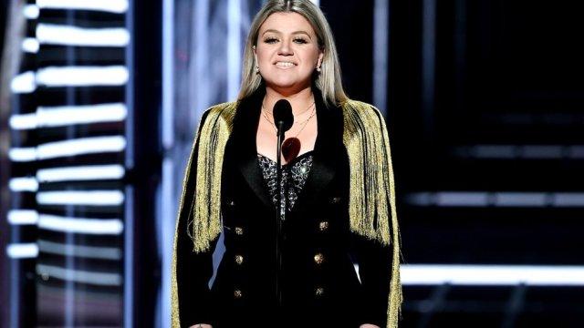 Billboard Awards 2018: Kelly Clarkson's plea over Texas school shooting
