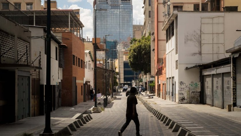 Caracas street practically empty