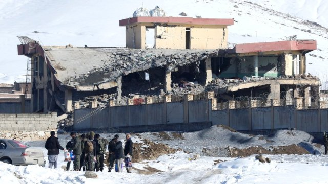 Afghanistan: Deadly Taliban attack on military compound