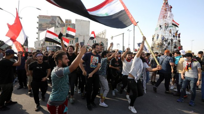 Hükümet karşı protestolarda protestocular 2019'dan bu yana öldürülen yüzlerce kişi için adalet talep ediyor.