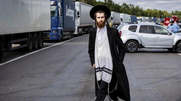 A pilgrim stranded between Noviye Yarylovichi and Novaya Guta border points