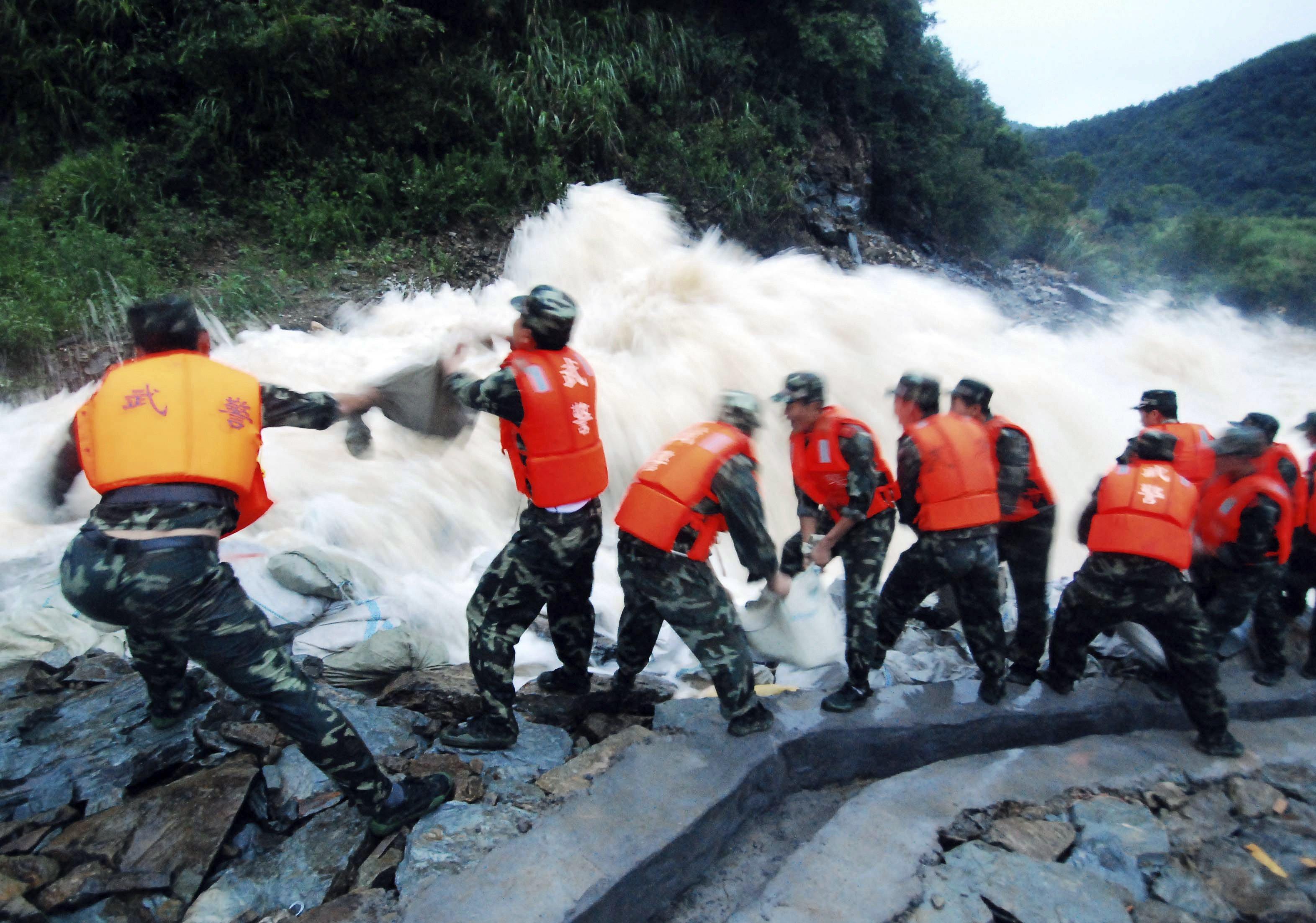 中國洪水:至少141人死亡或失蹤,鄱陽湖水位至歷史最高