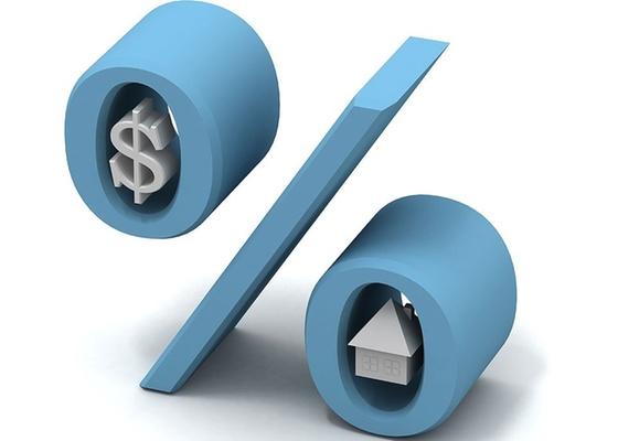 Em se tratando de financiamento contratado diretamente com o vendedor do imóvel (com a incorporadora, por exemplo), usualmente a taxa de juros é de 12% ao ano