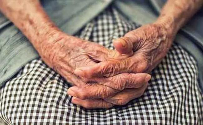 90-Year-Old From Maharashtra's Beed Defeats COVID-19 Twice