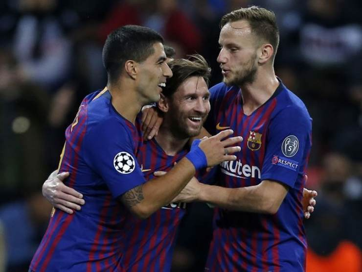 Image result for luis suarez ivan rakitic sad 2019  CHELSEA ENTER WEEKEND IN BAD MOOD AFTER GETTING THIS BITTER UPDATE 2m17hh9g lionel messi vs spurs oct 2018 afp 625x300 04 October 18