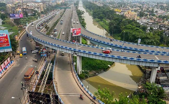 बंगाल ने आंशिक लॉकडाउन की घोषणा की, होम-डिलीवरी अनिवार्य है