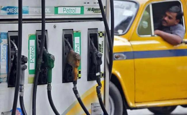पेट्रोल, डीजल की कीमतें आज: आज भी पेट्रोल और डीजल की कीमतों में कोई बदलाव नहीं हुआ है, जानिए क्या हैं रेट