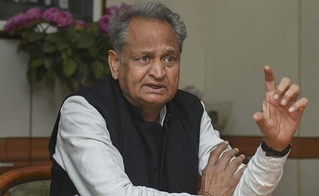 At Late-Night Meet, Ashok Gehlot Cabinet Discusses Governor's 6 Points